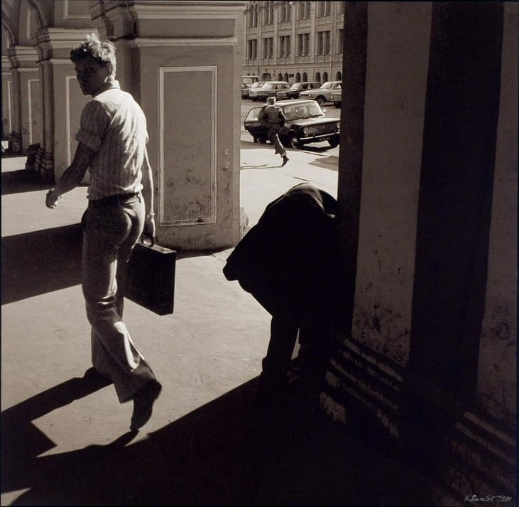 kvadrats-gostiny_dvor-leningrad-1980